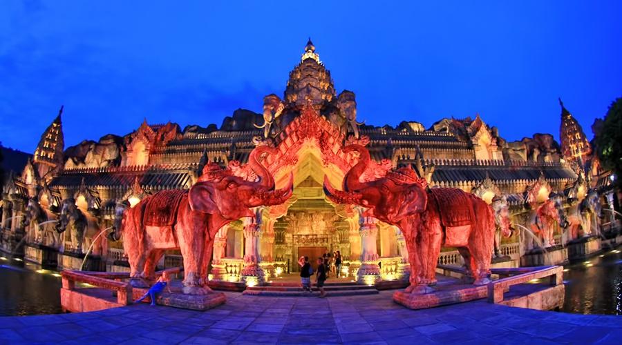 Phuket_Fantasea_004-phuket-fantasea-banner_PPKK_Tours_Service
