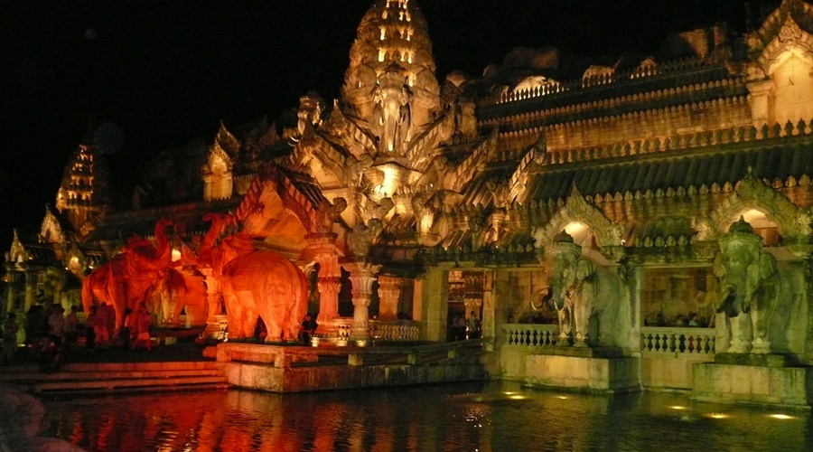 Phuket_Fantasea_006-semplice-phuket-fantasea-5_PPKK_Tours_Service