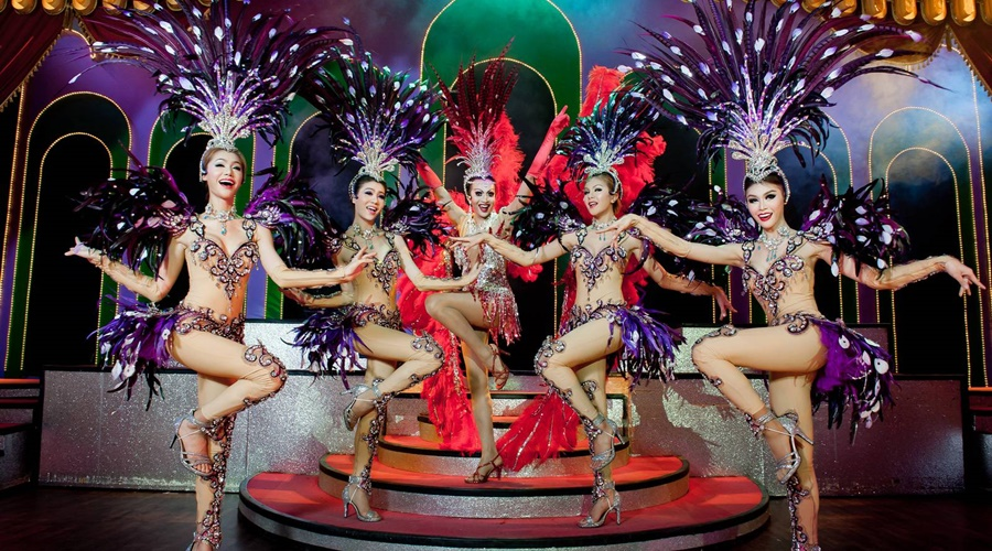 phuket-simon-cabaret_004-Simon-Cabaret-show-in-Patong-Phuket-by-Namloo-Divers_PPKK_Tours_Service