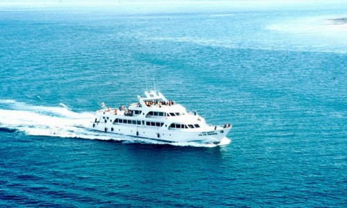 phi-phi-island-by-cruiser-exclusive-yacht