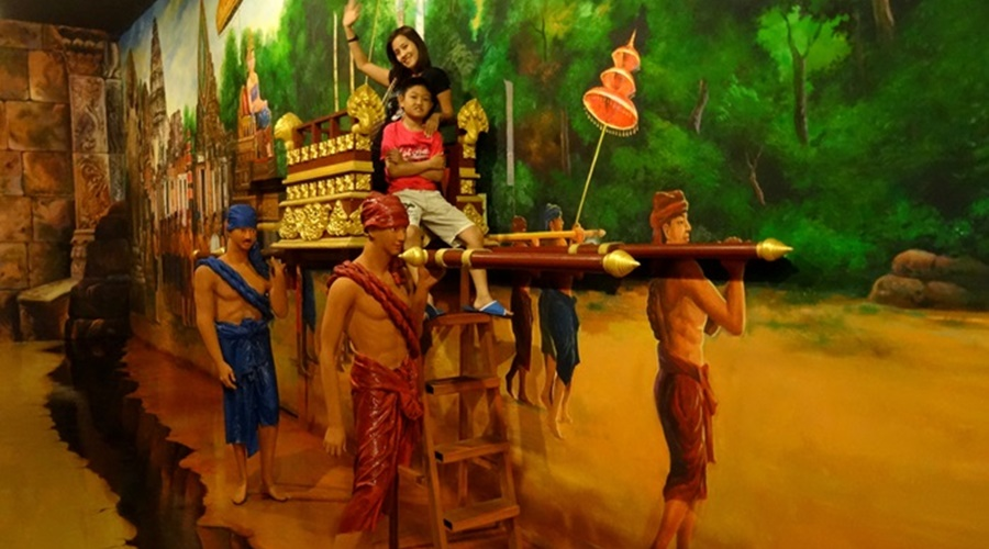 Phuket_Trick_eye_museum011-1392434640-DSC01522JP-o_PPKK_Tours_Service
