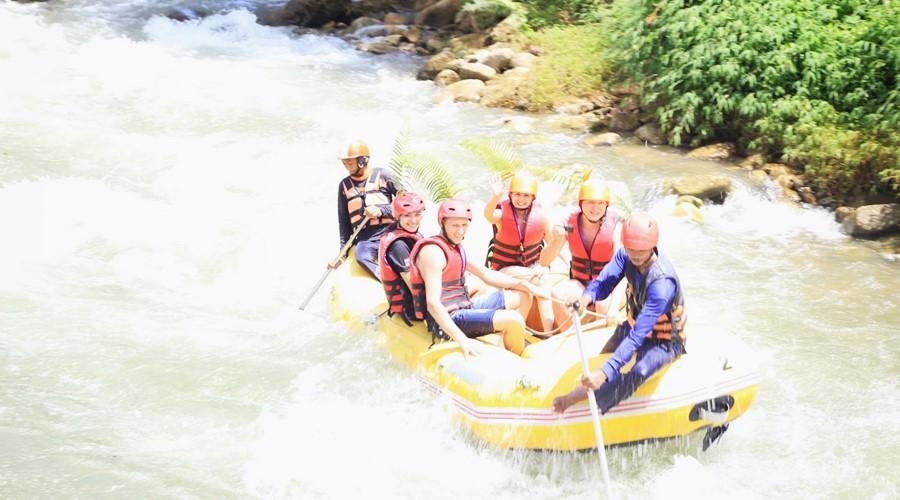 White1Water RaftingIMG_7322phuket-tours-transfers-com