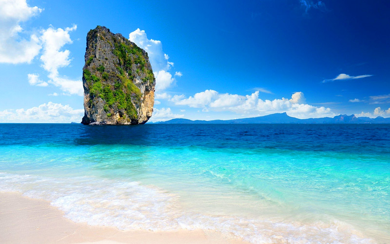 poda-island-attraction-thailand-3